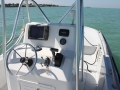 22-Marathon-boat-rental-console